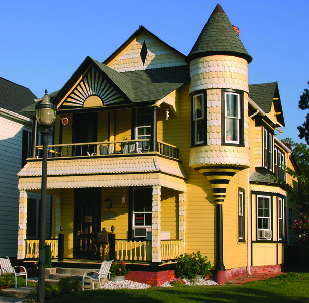 Candle Light Tours of the Victorian Nelms House